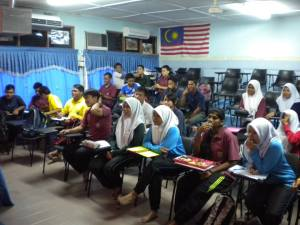 Students of SMK Iskandar Shah, Jasin were listing to the talk by ACCA representative
